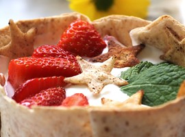 WRAP DE YOGURT Y FRESAS